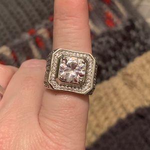 Stunning white topaz sterling silver ring!